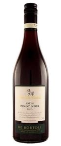Deen De Bortoli Vat 10 Pinot Noir 2006, Southeastern Australia Bottle