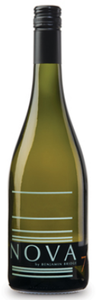 Benjamin Bridge Nova 7 2010, Gaspereau Valley Bottle