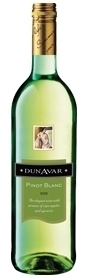 Dunavár Pinot Blanc 2010, Hungary Bottle