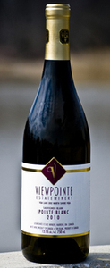 Viewpointe Estate Winery Pointe Blanc Sauvignon Blanc 2010, VQA Lake Erie North Shore Bottle