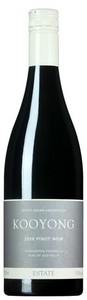 Kooyong Estate Pinot Noir 2010, Mornington Peninsula, Victoria Bottle