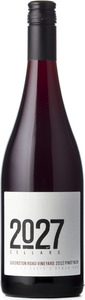 2027 Cellars Pinot Noir Queenston Road Vineyard 2012, VQA St. David's Bench Bottle