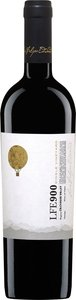 Luis Felipe Edwards Lfe 900 Single Vineyard Blend 2011 Bottle