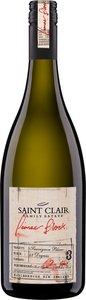 Saint Clair Pioneer Block 3 2014 Bottle