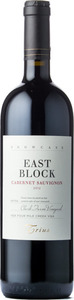 Trius Showcase East Block Cabernet Sauvignon Clark Farm Vineyard 2010, VQA Four Mile Creek Bottle