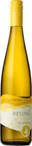 Sprucewood Shores Dry Riesling 2017, VQA Ontario Bottle