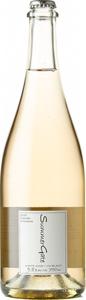Summergate Winery Moscato Frizzante 2018, Okanagan Valley Bottle